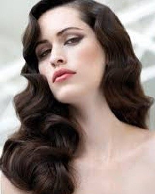 Go for ultimate glamour with these vintage waves utterly stunninghellip
