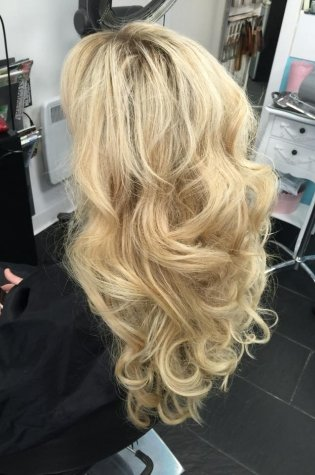 hair extensions in Paisley 4