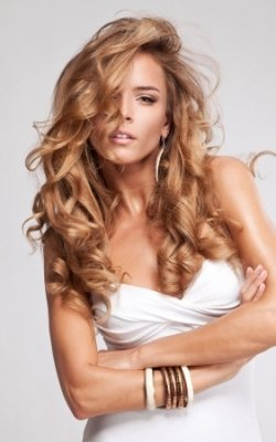 Romantic Hairstyle ideas for Valentines Day @ My Hair Guru salon in Paisley
